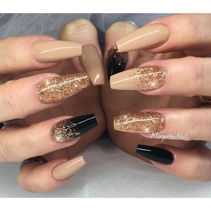 #gold #nude #black #christmas #nails #nailart