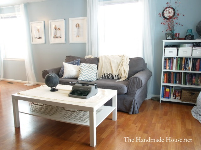 Grey couch blue walls white furniture a happy home for Blue grey couch