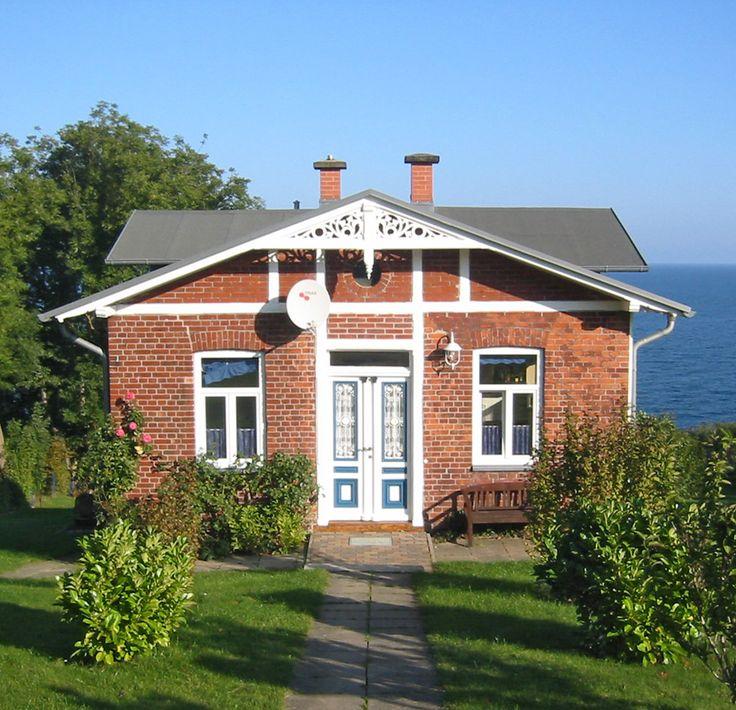 Haus Dittersbach in Lohme auf Rügen - Ihr Ferienhaus an der Ostsee. Blick aufs Meer inclusive!