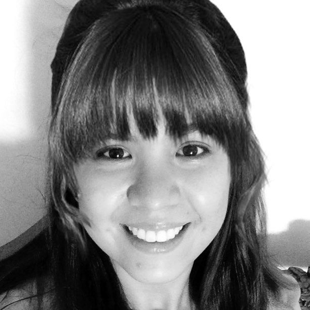 """Top 100 hairstyle app photos full bangs... yay or nay?! 😁 #hairstyleapp #fullbangs *c"""",)* See more http://wumann.com/top-100-hairstyle-app-photos/"""