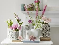 table setting in whites & burgundy