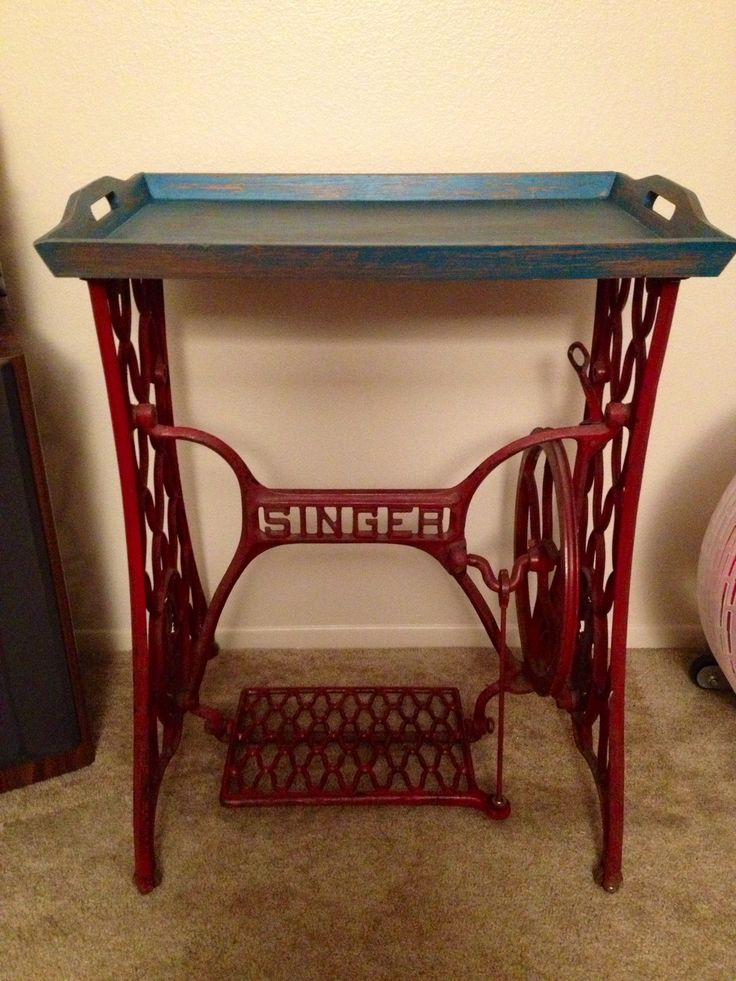 1000 ideas about antique sewing tables on pinterest antique sewing machine table vintage. Black Bedroom Furniture Sets. Home Design Ideas