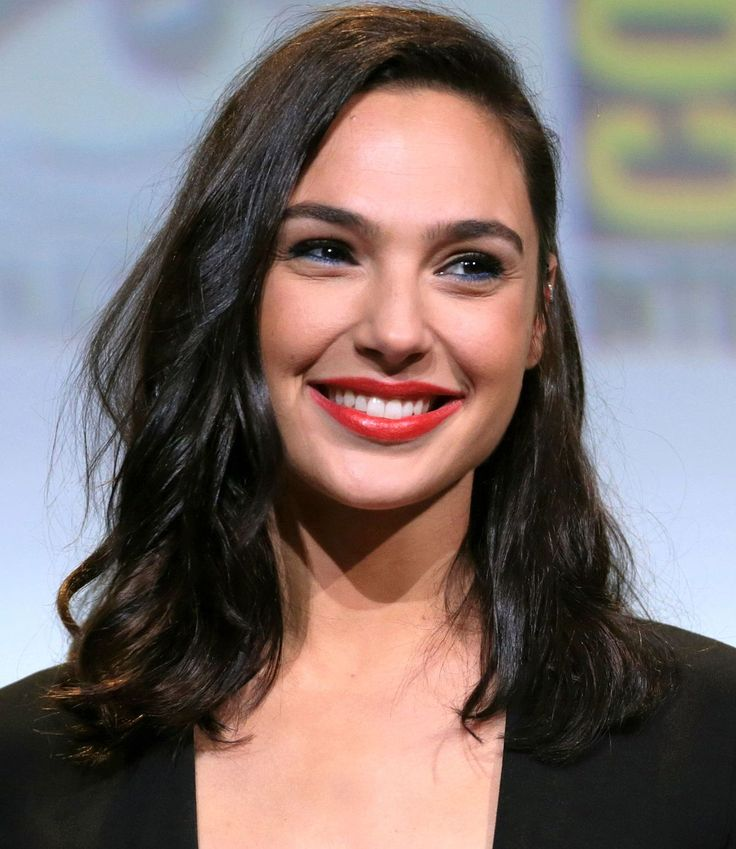Gal Gadot - Wikipedia Gadot was crownedMiss Israel2004, prior to her military service in theIsrael Defense Forces.She is the face ofGucci's Bamboo perfume