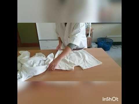 Doblado de ropa interior ; camiseta interior tanto de hombre como de mujer ,bragas y calzoncillos