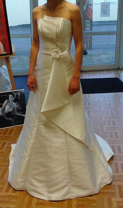 ... et articles de mariage doccasion  Pinterest  Robes and Paris