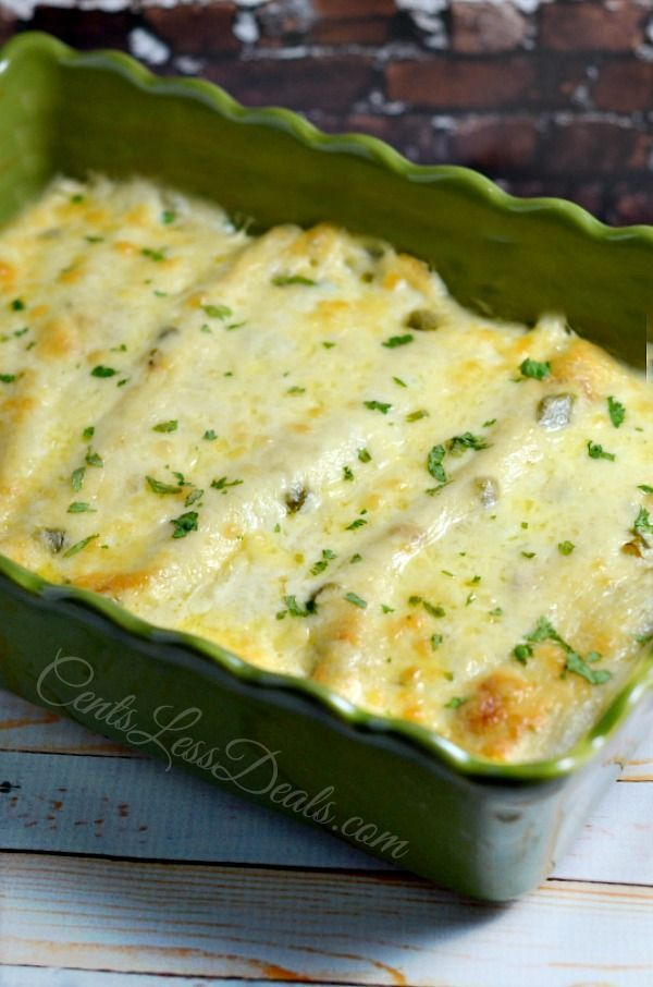 Sour Cream Chicken Enchiladas recipe. This is my FAVORITE recipe! Whenever I make this people rave about how delicious it is and beg me for the recipe. Your life will never be the same after eating these ;)