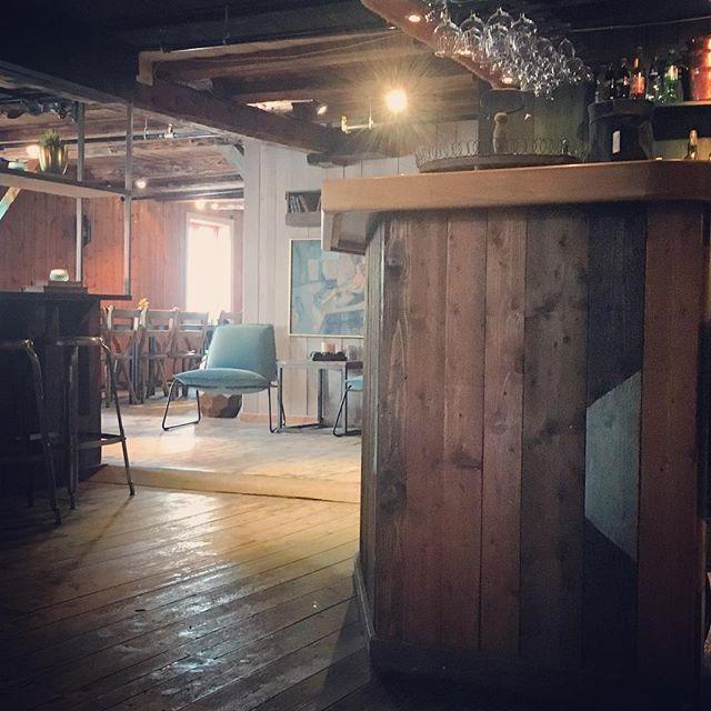 Fine Landnota🐟 #restaurant #råkvåg #dining #vining #fantastiskefosen #visitnorway  #food #history #mat #miljø #interiør #fosnafolket #visittrøndelag #rustic #bar #fishing #interiordesign #lovely