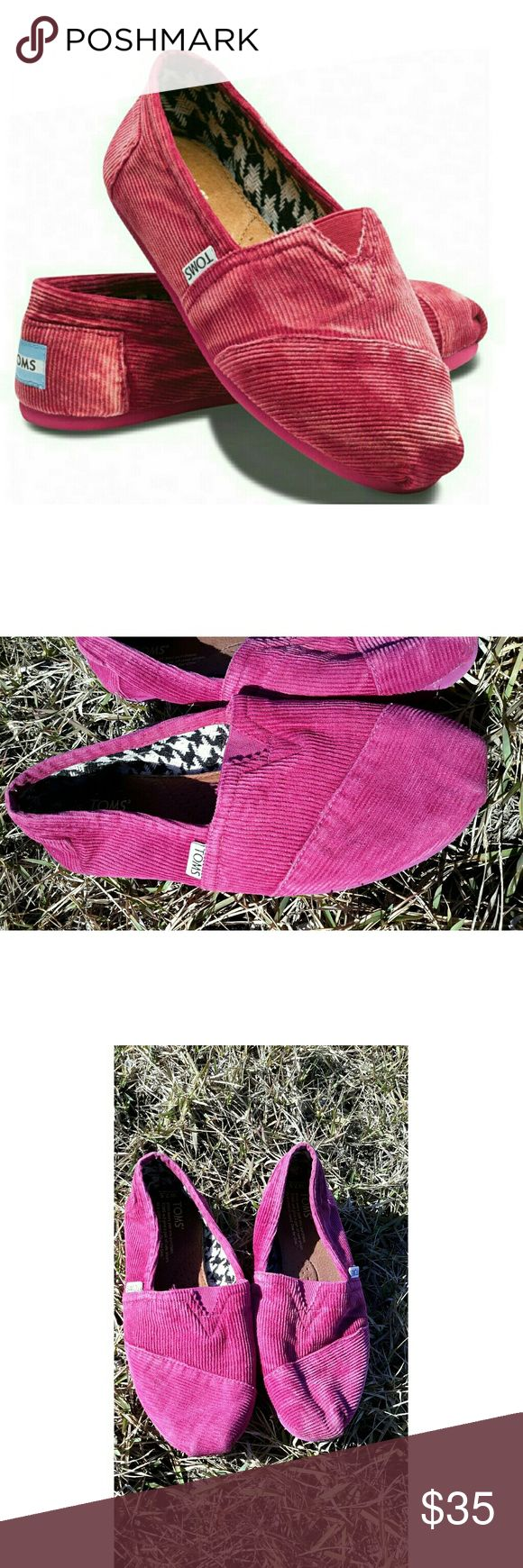 Sherry Stone Washed Cord Classic Pink Toms Shoes Size 7.5 W Gorgeous pink corduroy Toms. Has wear on bottom. Overall great condition. Side has some markings. Without original box. Questions are welcomed. Toms Shoes