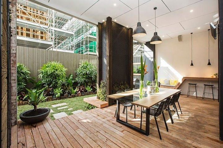 Excuse us while we drool over @karlieandwill's urban oasis. 10/10 from us! #9theblock #terrace #perfection http://ift.tt/2e0102O