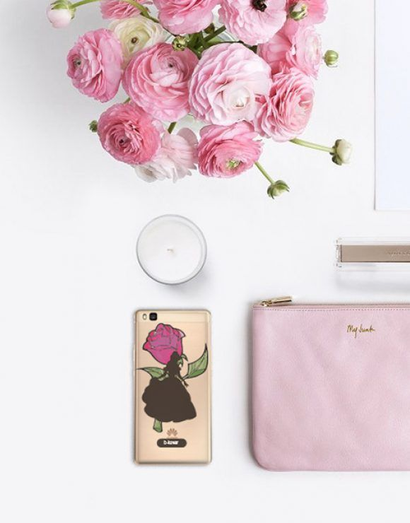 funda movil la bella y la bestia-rosa y bella-flatlay web