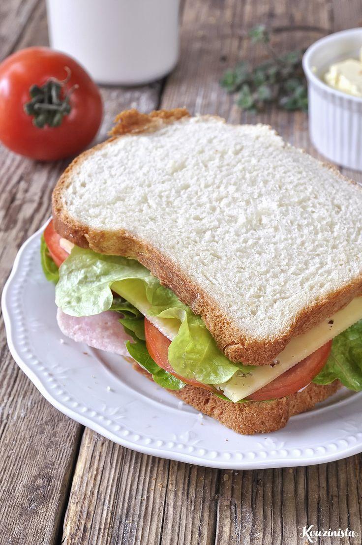 Μαλακό & αφράτο σπιτικό ψωμί του τοστ / Eggless milk bread (tangzhong…
