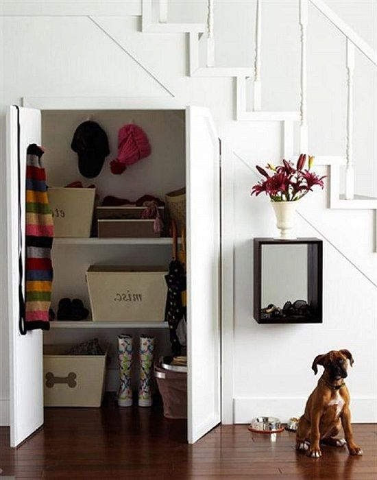 17 best images about under stair storage on pinterest for Using space under stairs