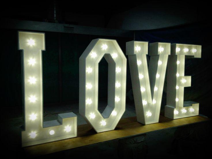 Napis love wynajem wypożyczenie w stylu rustykalnym wwwfabrykaslubu.pl