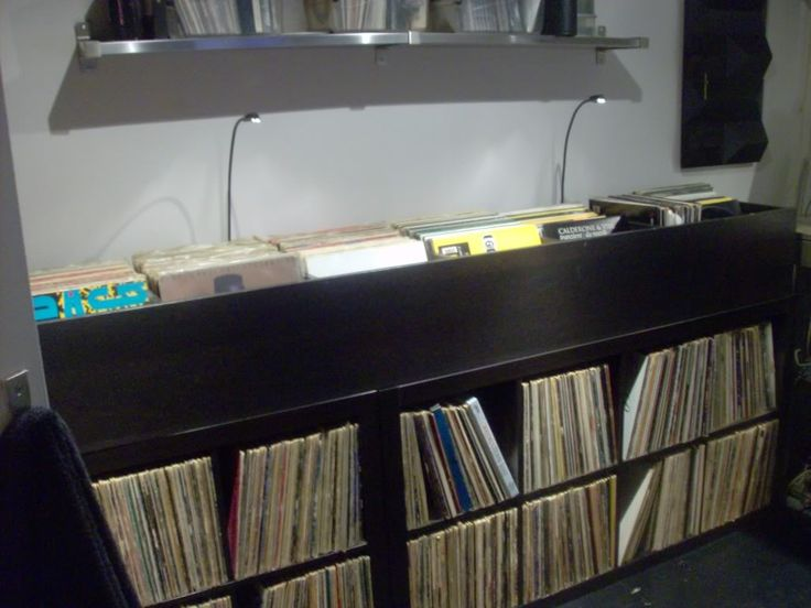 Best 25 ikea record storage ideas on pinterest record for Record case ikea