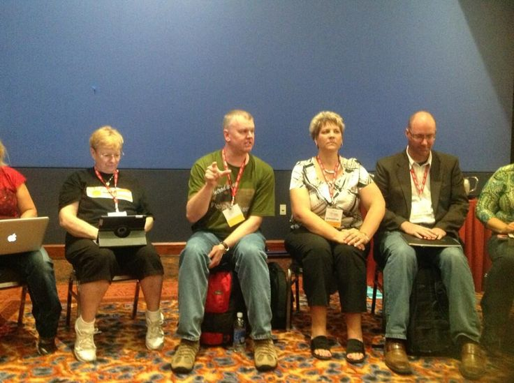 #SMARTee Rafranz Davis tweeted this photo during the deep thinking happening in her session.