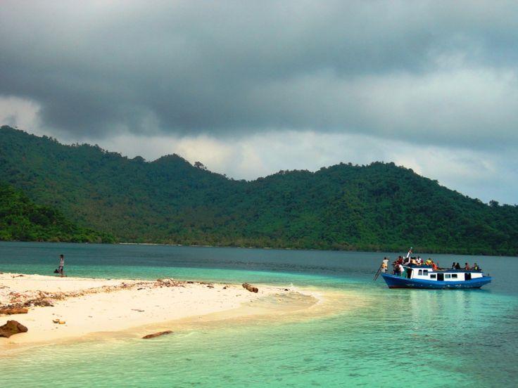 Pulau Sebuku Pulau Terpencil yang Cantik di Lampung Selatan - Lampung