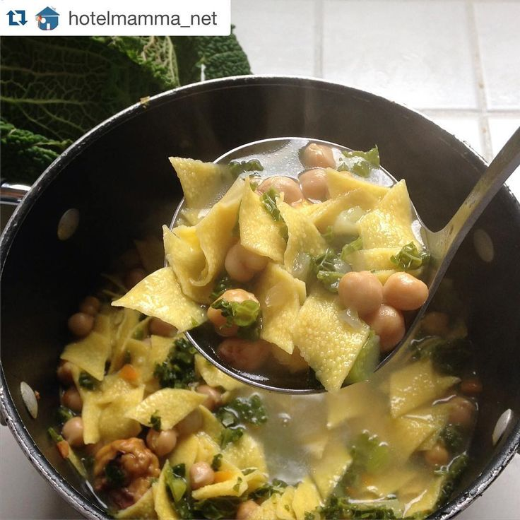 La missione anti freddo di @hotelmamma_net: #zuppa di #maltagliati #LucianaMosconi con #ceci e #verza. Grazie per aver condiviso con noi la tua #ricetta!