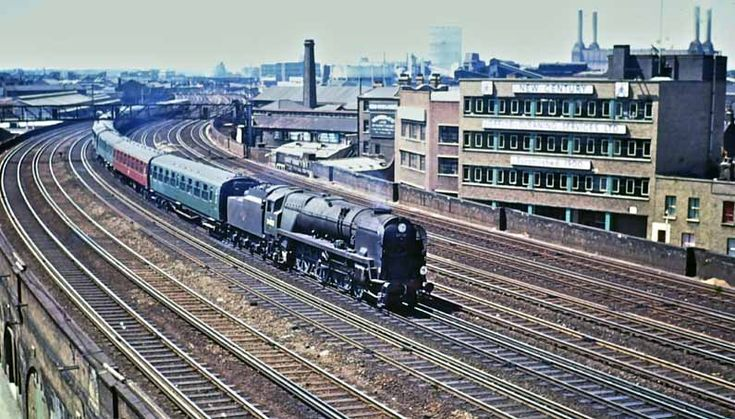 274 best BRITISH TRAINS OF YESTERYEAR images on Pinterest
