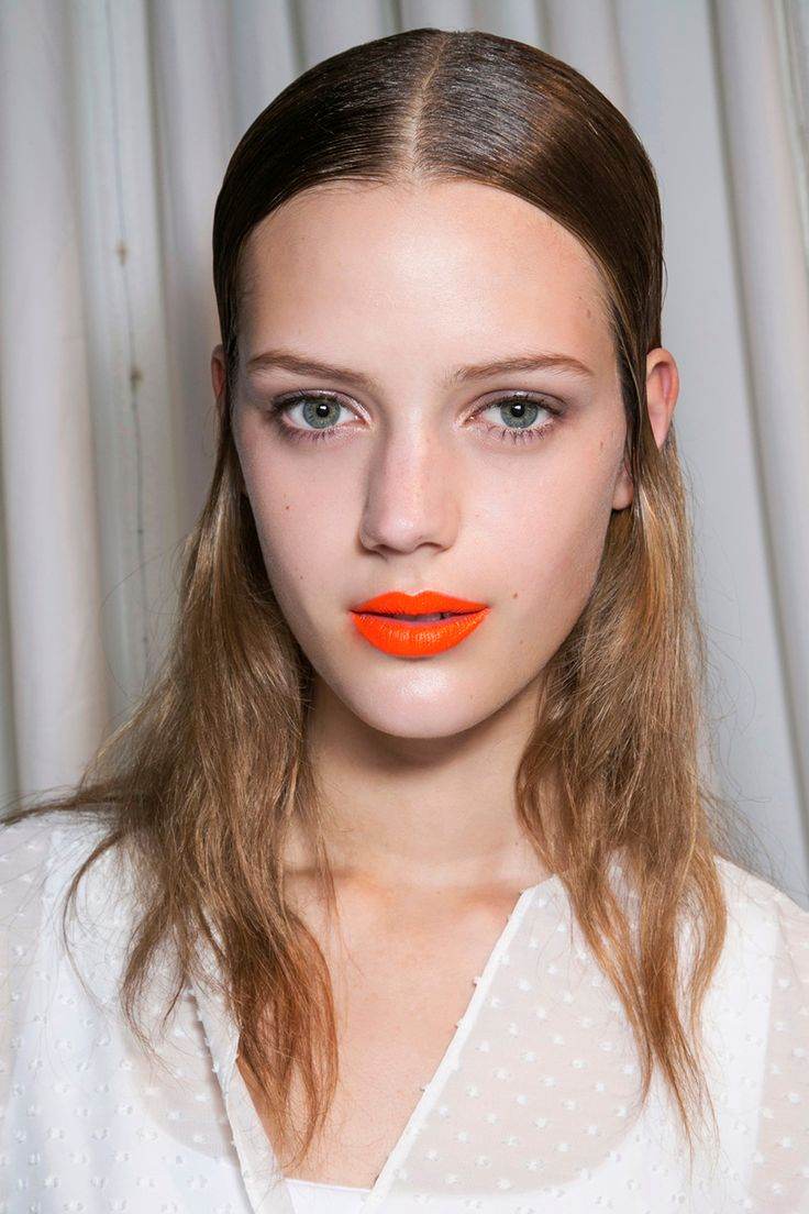 Evidence That Orange Lipstick Really Does Look Good | StyleCaster