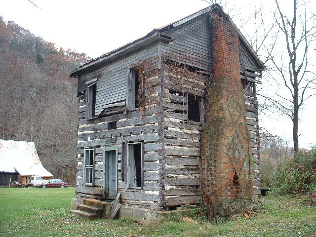 Two Story Virginia Log House With All White Oak Logs