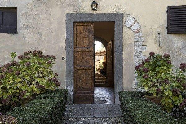 Villa-Medicea-di-Lilliano-Florence-Toscane-1a:
