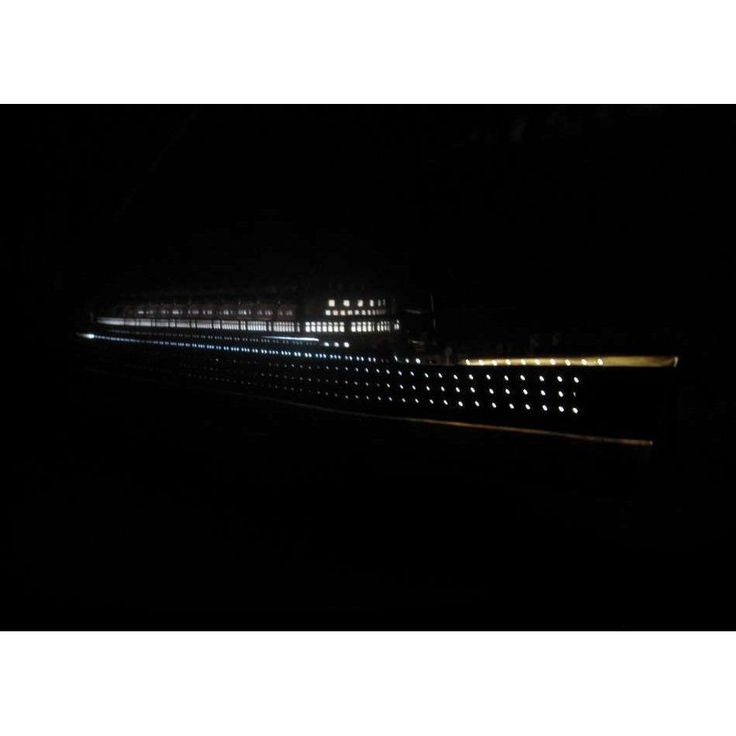 RMS Mauretania Limited Model Cruise Ship 40 inch w/ LED Lights