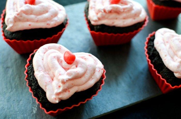 Dark Chocolate and Cinnamon Hearts Cupcakes