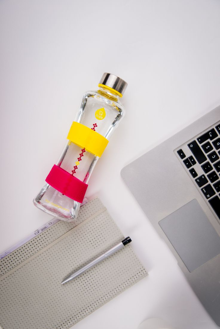 The CMYK collection was inspired by the CMYK color model, used in color printing. Add Color to Your Life: seek the moments where your day feels brighter and more colorful. Add Yellow, the color of the sun, associated with joy, happiness and energy.#waterbottle #glassbottle #equa #design #healthy #energy #hapiness