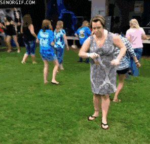 ebria bailando