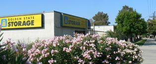 Never pay a deposit or move-in fee for clean & secure self storage in Northridge.