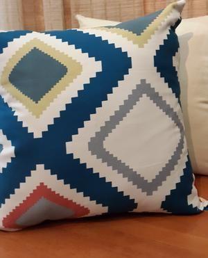 Sarung Bantal Sofa Motif Geometris Wajik (Sarung Kursi/Cushion Cover)
