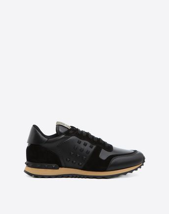 VALENTINO Rockstud Sneaker. #valentino #shoes #