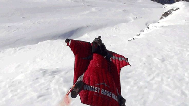 Wow, this might be the best video of a wingsuit flight ever