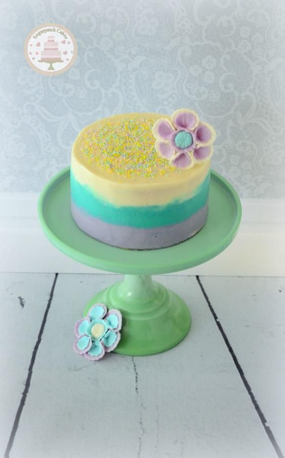 Cake Decorating With Sprinkles