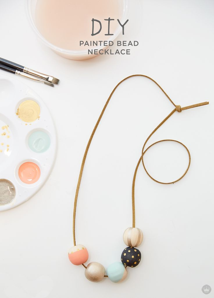 Laura Linebarger has proven her craft prowess when it comes to tabletop decor and decorating her daughter's nursery. Today, she's showing us her most fashionable (and easy!) DIY to date: her famed painted wood bead necklace. Here's the deal. I love a good DIY project, but it's gotta be easy and something I'll want to keep. […]