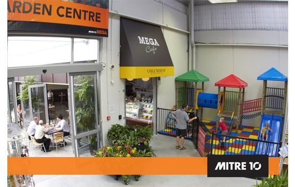We had lunch at the Mega Mitre Cafe in New Plymouth.
