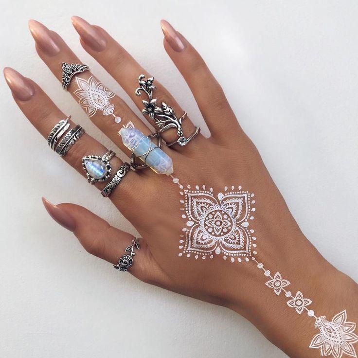 White Henna Style 2