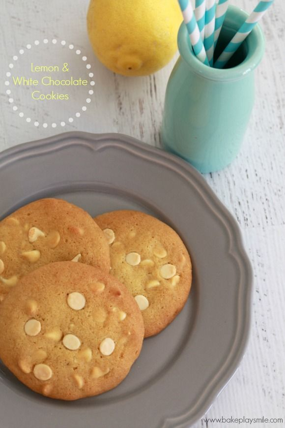 These Thermomix Lemon & White Chocolate Cookies are INCREDIBLE! My favourite cookie recipe right now!!! #thermomix #chocolatechipcookies #whitechocolate #lemon #cookies #biscuits #lemonandwhitechocolatecookies http://www.bakeplaysmile.com/lemon-white-chocolate-chip-cookies/