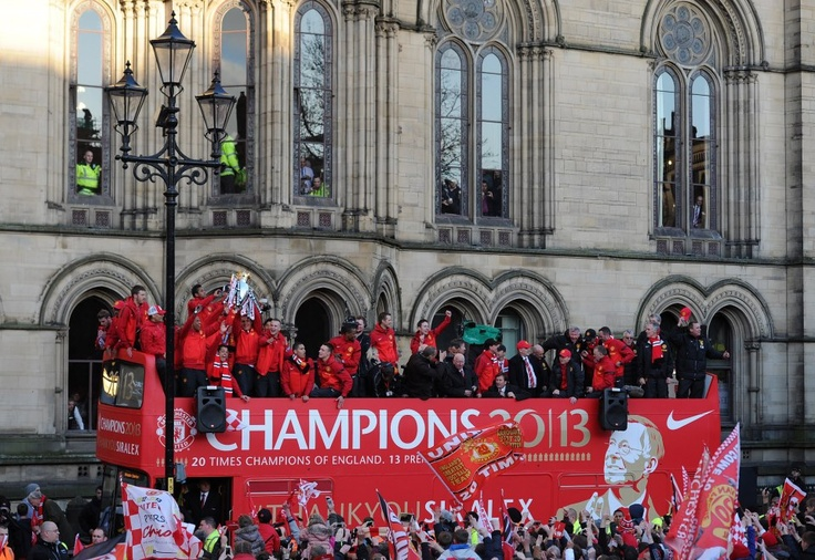 The bus arrives in Albert Square