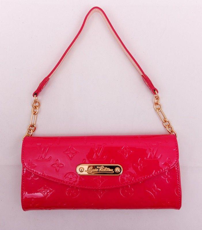 Клатч Louis Vuitton из натуральной лакированной кожи розового цвета с ручкой на цепочке. Размер 24x11x5cm #19631