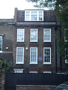 213 King's Road - Reed died from a heart attack on 25 April 1976 at his home at 213 King's Road, Chelsea, aged 69. He had lived there since 1948. He is buried in Kensington Cemetery, Gunnersbury, West London, and there is a blue plaque on his former home in his honour.