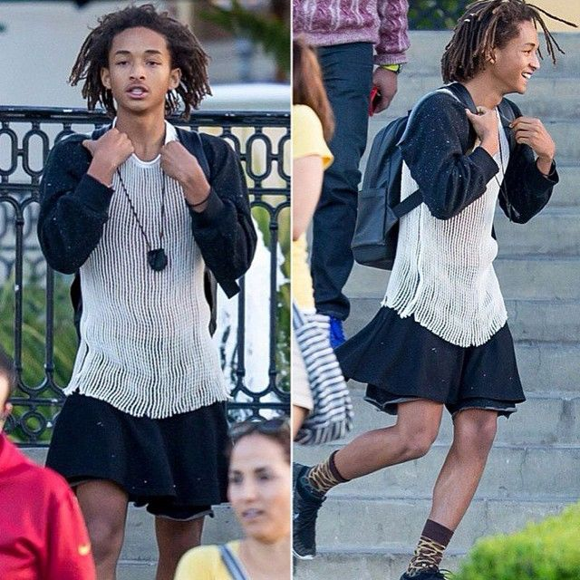 YOU GO JADEN! YOU LOOK GREAT! BREAK THEM GENDER STEREOTYPES! The Smith family is great! Don't let the media get y'all down! -Nickie ❤️ #lgbt #lgbtpride #gaypride #lesbianpride #bipride #transpride #acepride #queerpride #queerkids #queer #lesbian #gay #bi #bisexual #trans #transexual #ace #asexual #demi #demisexual #pansexual #genderfluid #genderqueer #agender #aromantic #love #loveislove #pride #willsmith #JadenSmith