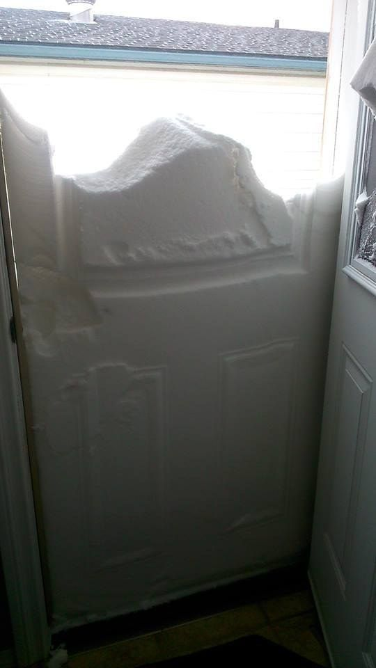 Leaving for work in the morning and opening your door to this. | 19 Things That Are Perfectly Normal If You're In Calgary