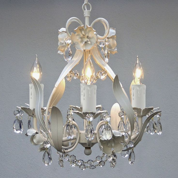 Best Candelabros Images On Pinterest Chandeliers Chandelier - Beautiful diy white flowers chandelier