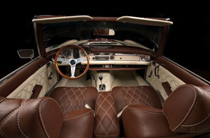 peek inside the 2012 mercedes pagoda by vilner studio interiordesign in the drivers seat. Black Bedroom Furniture Sets. Home Design Ideas