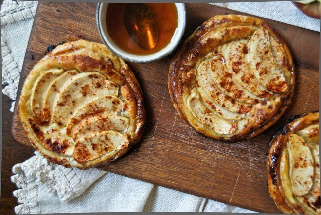 Apple Tarts with Goat Cheese and Honey | desserts | Pinterest