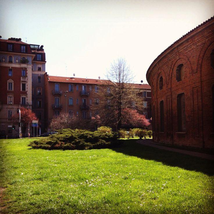 Milano - Rotonda della Besana