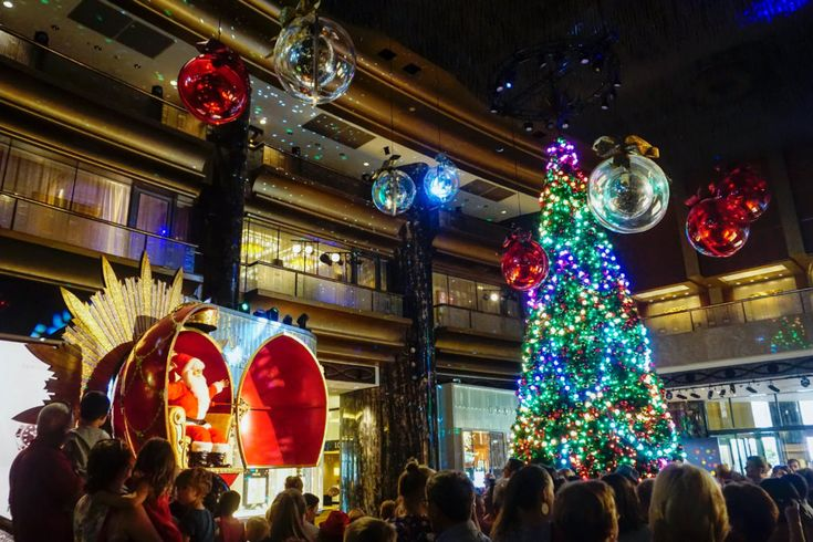 HOT: Crown Christmas Show & ArtVo Pop Up, Crown Melbourne, 8 Whiteman St, Southbank http://tothotornot.com/2017/12/crown-christmas/