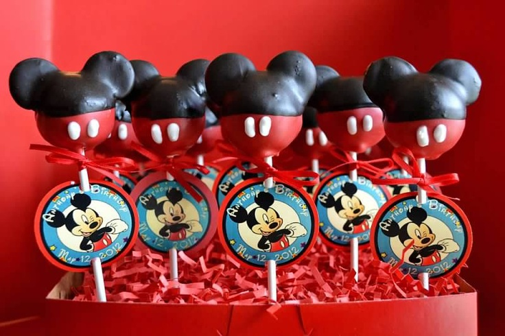 Mickey Mouse Oreo Cakepops #disney