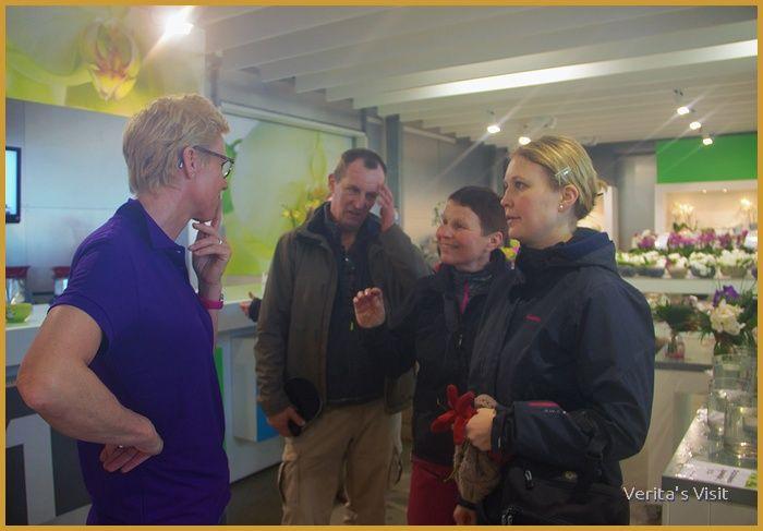 International meet locals in Dutch greenhouse-veritasvisit